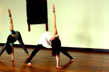 prasarita-twist-yoga-yuba-city