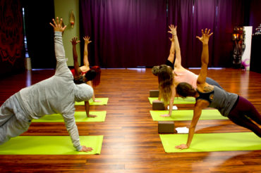 side-plank-yoga-yuba-city